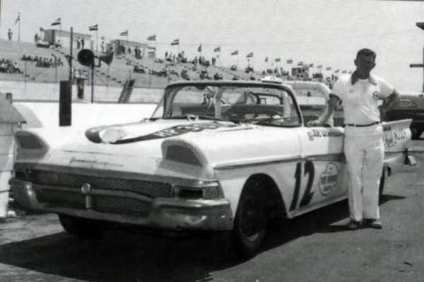 Joe Weatherly 12 1958 Ford