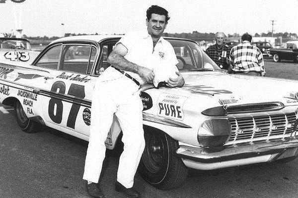 More early nascar the cars mac 39 s motor city garage for Frank motors national city