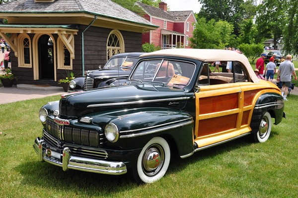 1946 Mercury Sportsman Bill Large
