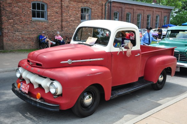 1952 Ford F-1 pickup Elroy Kosters
