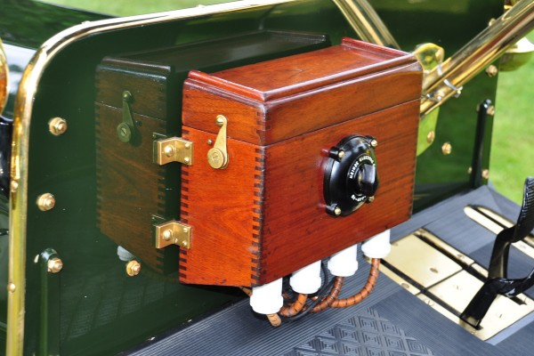 1906 Ford Model N Runabout David and Kimberly Shadduck coil box