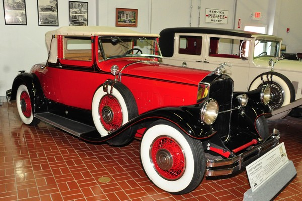 1930 Pierce-Arrow Model B Cabriolet Coupe