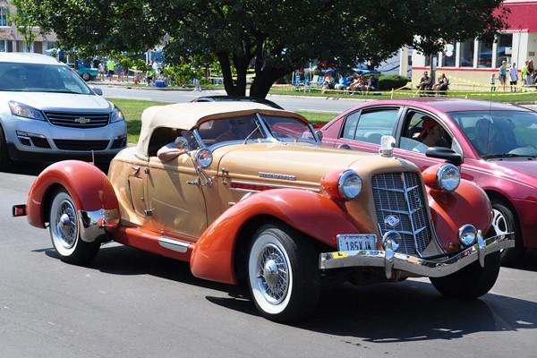 1936 Auburn 852 Speedster replica