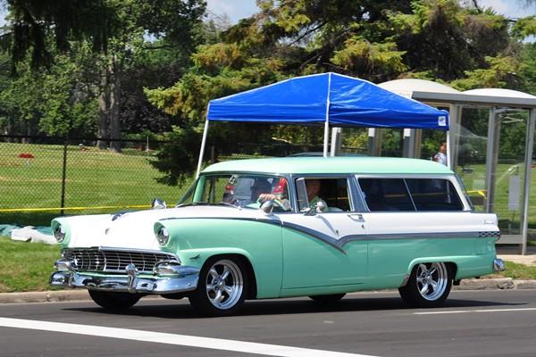 1956 Ford Parklane Staion Wagon