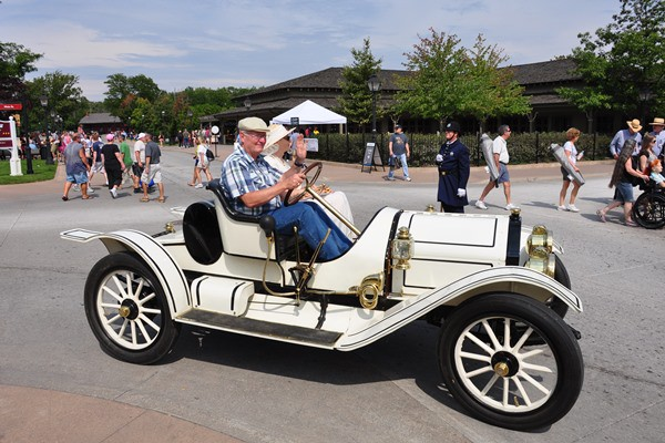 1911 EMF Runabout on street John Smith