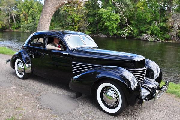 1937 Cord 812 Beverly Sedan Howaard Payne