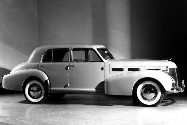 1940 Cadillac 60 Special 4 Door Sedan
