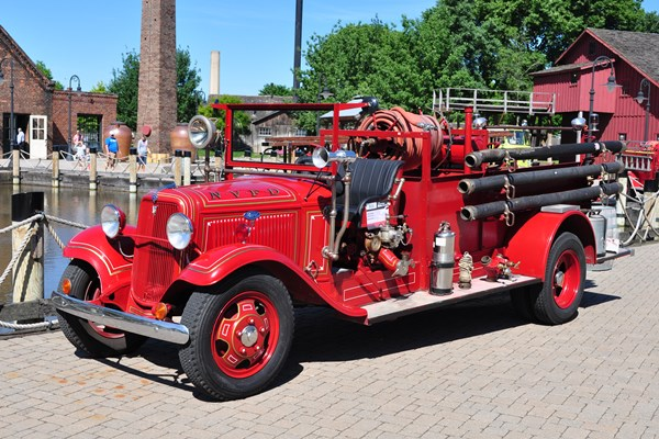 1934 Ford BB Fire Truck Henry Burger