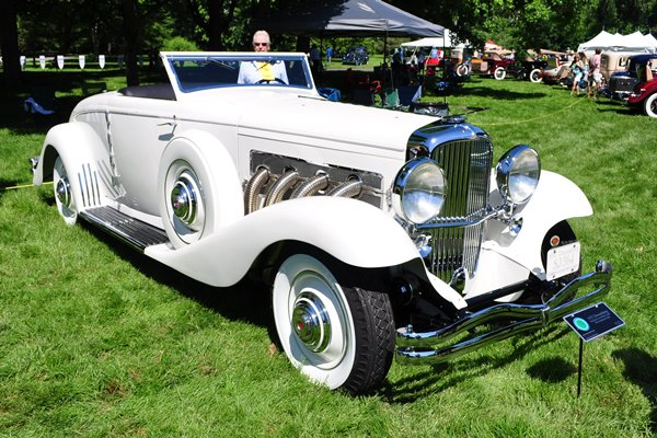 1935 Duesenberg Rollston Convertible Coupe Bill and Barbara Parfet