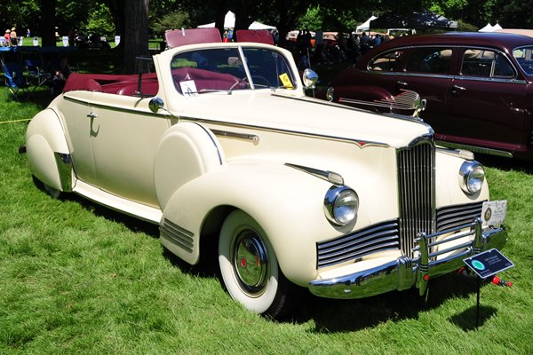 1942 Packard Convertible Coupe Dr. Charles Columbo