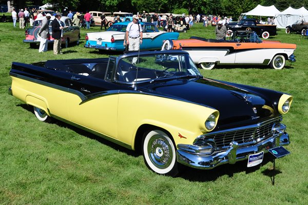 1956 Ford Fairlane Sunliner Robert V. Machacek