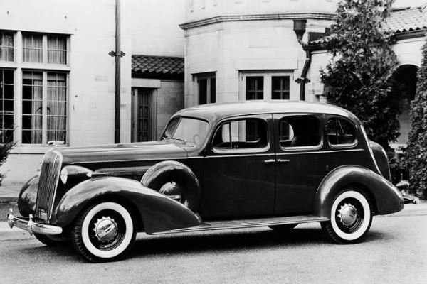 1936 Buick Limited Model 91 Six-Passenger Sedan