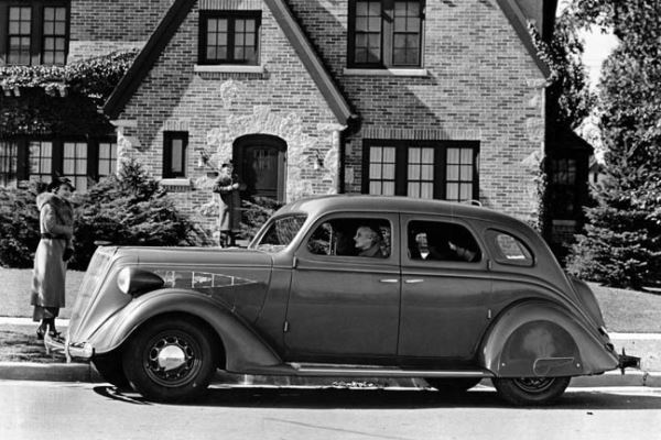 1936 Nash DeLuxe 400 Sedan