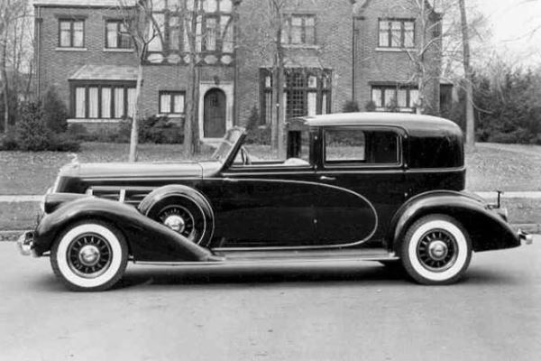 1936 Pierce Arrow 8 Brunn Town Car