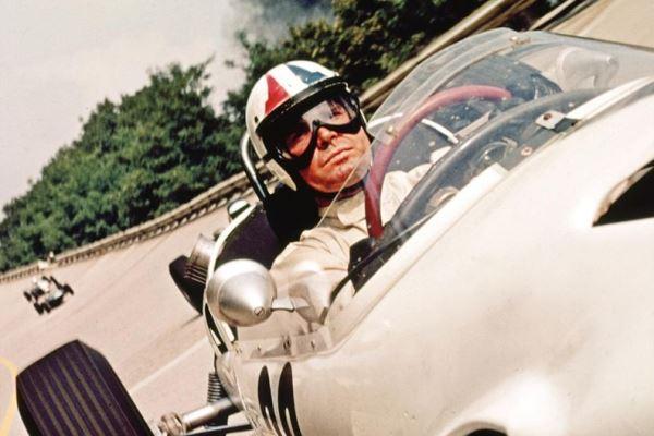 as Pete Aron in Grand Prix