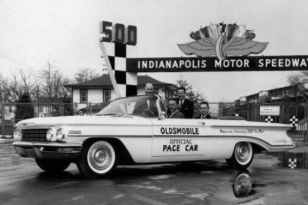 1960 Oldsmobile Indy 500 pace car