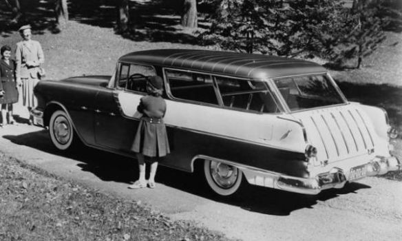1955 Pontiac Safari Station Wagon LR 400
