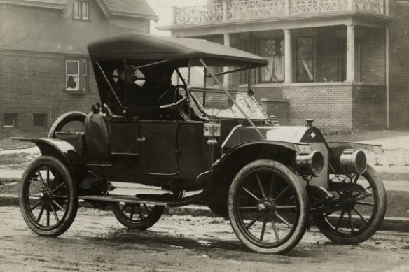 1911 Everitt automobile