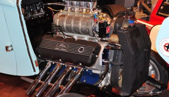 Cammer–the real story of the legendary Ford 427 SOHC V8