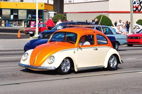 Volkswagen Beetle lowered