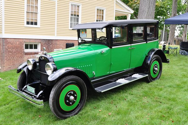 1923 Nash Series 690 Sedan Jim & Cathy Holcomb