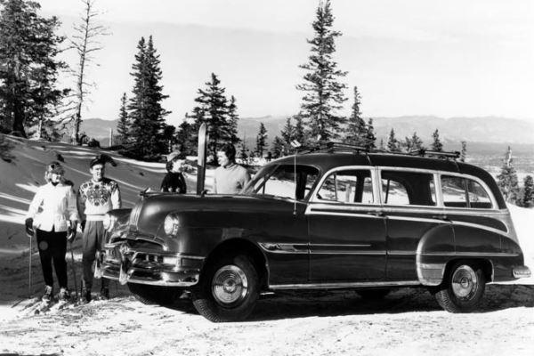 1952 Pontiac Chietain Six Station Wagon