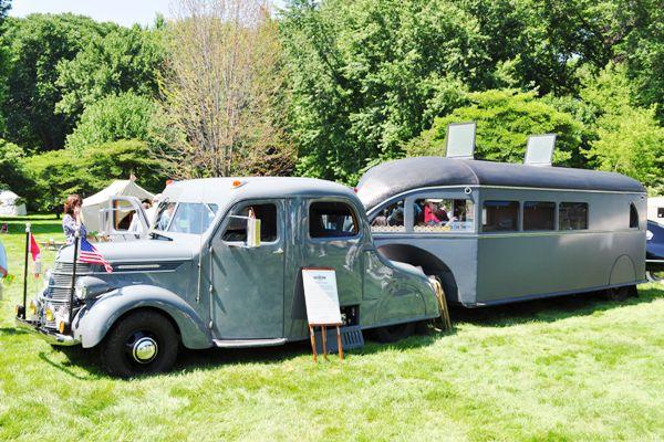 1938 International-Aerocar Camper
