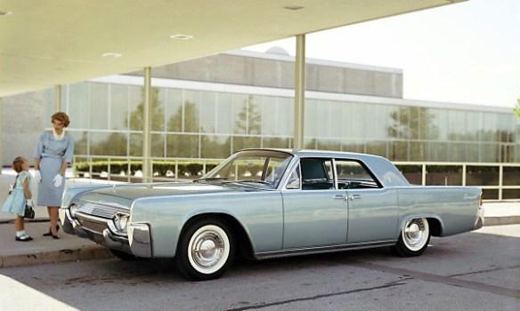 1961-lincoln-continental-4d-sedan