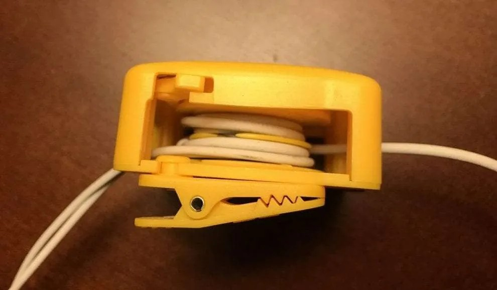 D-Tangle with Earpods
