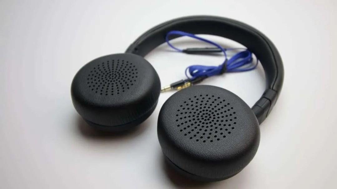 Z-4 On-Ear Wired Headphones