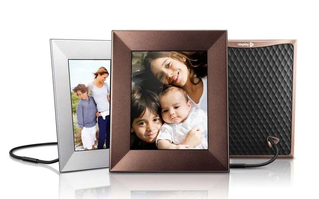 Nixplay Iris 8-inch WiFi Digital Picture Frame REVIEW