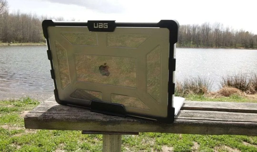 UAG Ice Case for MacBook Pro with Touch Bar REVIEW