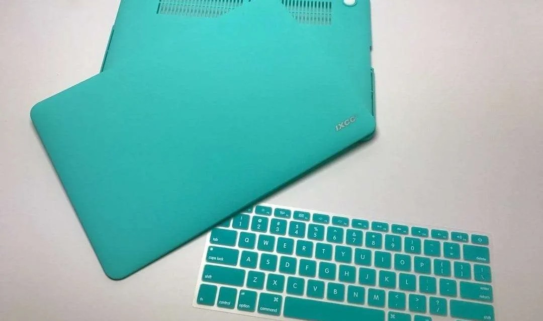 iXCC Soft-Touch Plastic Hard Case for MacBook Pro REVIEW
