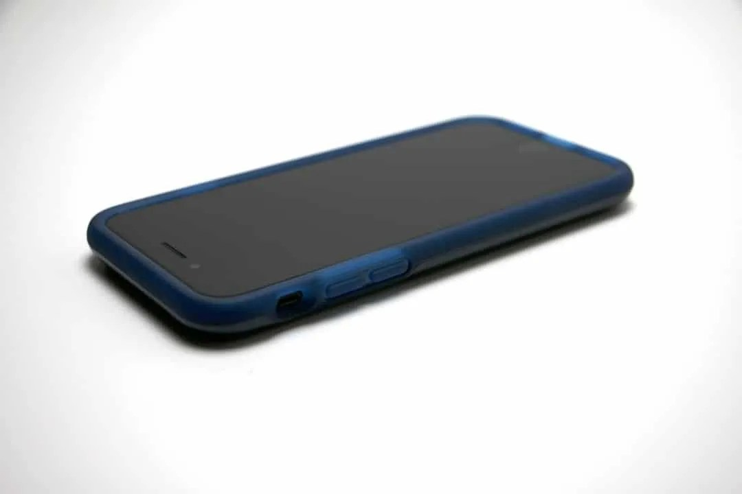 Incipio Haven Lux Protective iPhone Case REVIEW
