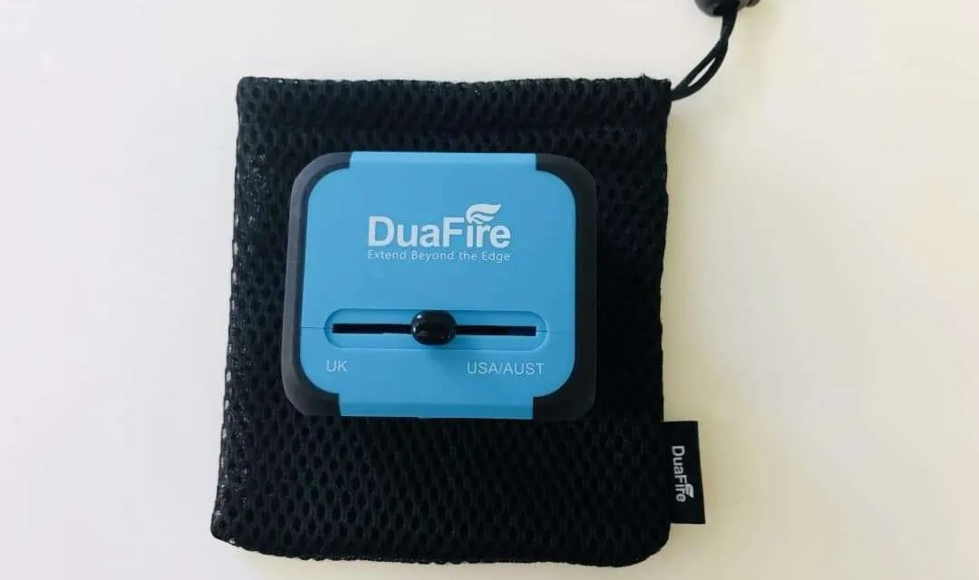 DuaFire Travel USB adapter REVIEW Charge your devices in 150 countries