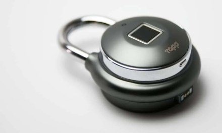 Tapplock One REVIEW Worlds First Smart Fingerprint Padlock