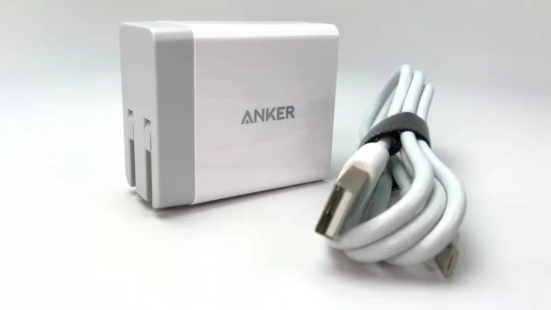 ANKER PowerWave 7.5W Stand REVIEW