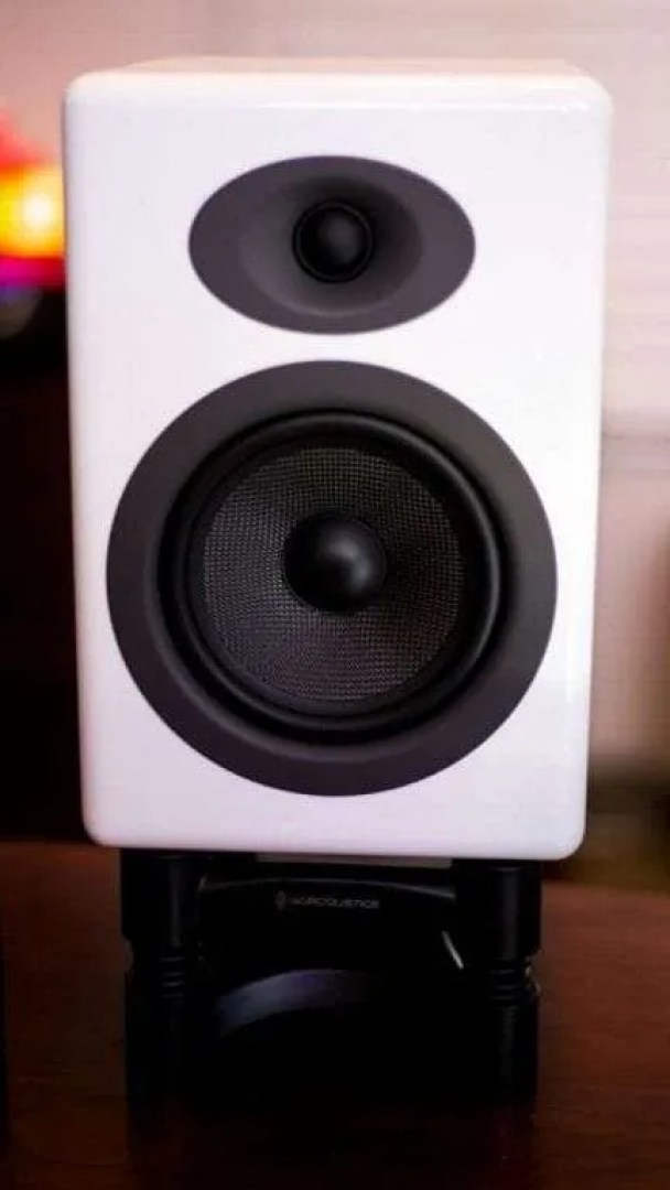 Audioengine A5+ Wireless Speakers REVIEW