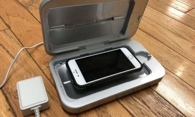 PHONESOAP 3.0 REVIEW UV clean your disgusting smartphone