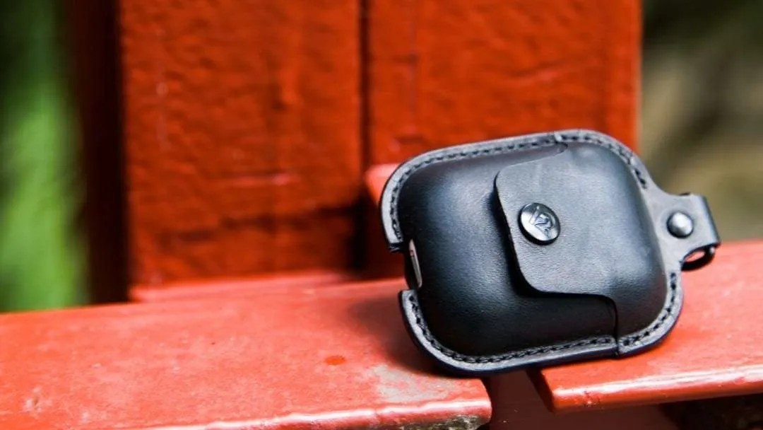 Twelve South AirSnap AirPod Case REVIEW