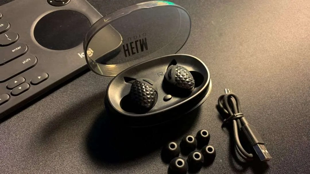 Helm Audio True Wireless Headphones REVIEW
