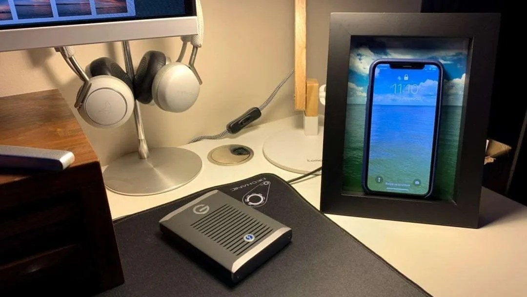 Twelve South PowerPic Wireless Charging Frame REVIEW