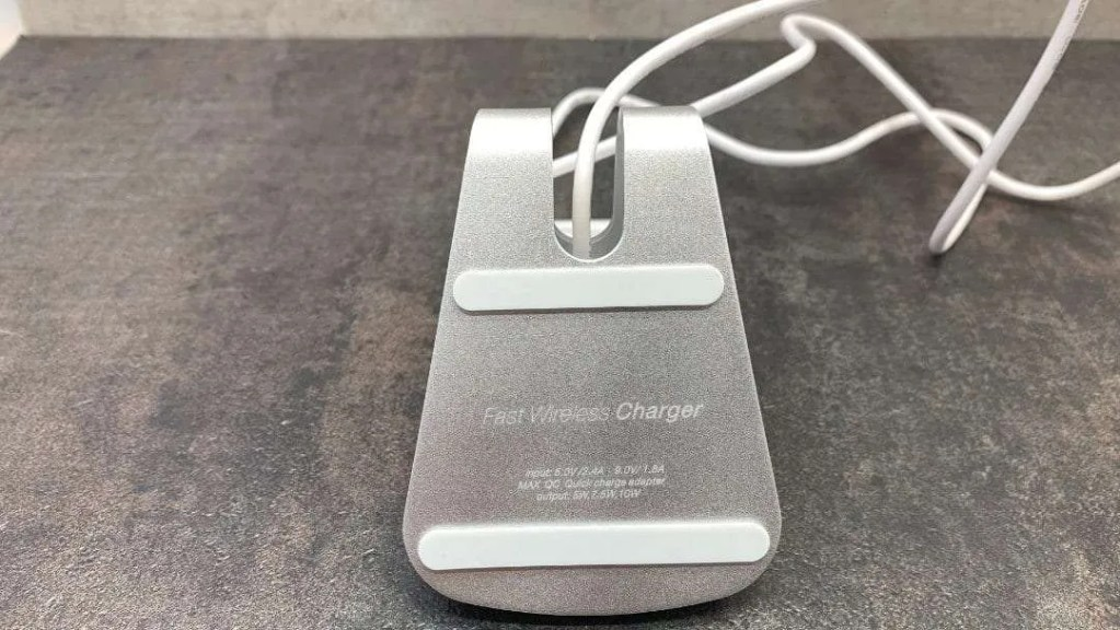 Desktop Wireless Rapid Charger REVIEW