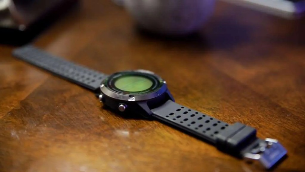 Runtopia S1 Smart GPS Sport Watch REVIEW