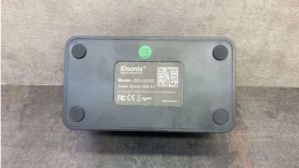 """iDsonix 2.5"""" and 3.5"""" USB 3.0 HDD Dock REVIEW"""