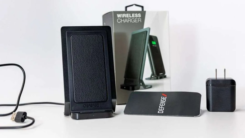 X-Doria Defense Wireless Charger REVIEW