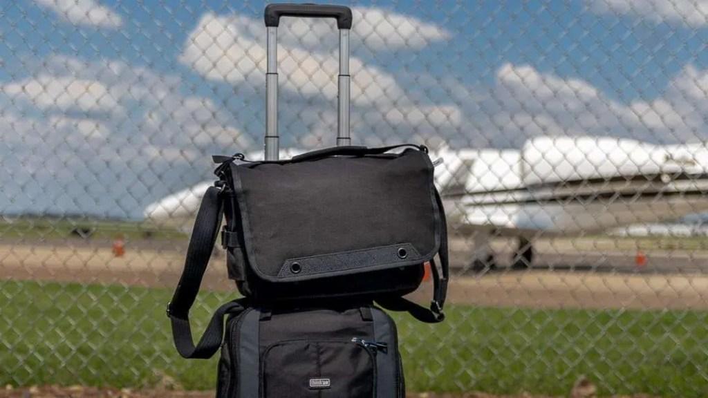 Think Tank Photo Retrospective V2.0 Shoulder Bag in Black REVIEW