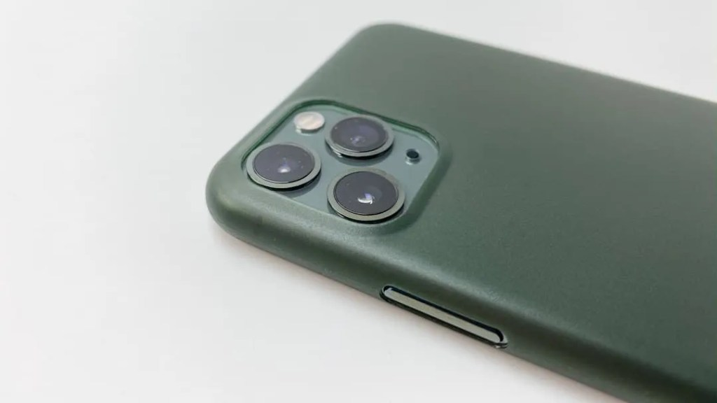 Totallee Slim iPhone 11 Pro Case REVIEW
