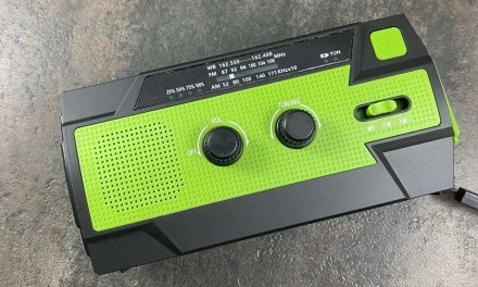 Gindoly Emergency Hand Crank Radio-Light REVIEW