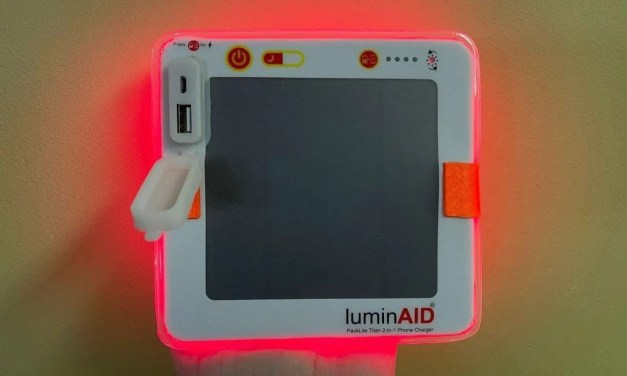 LuminAID Packlite Titan 2-in-1 Phone Charger REVIEW
